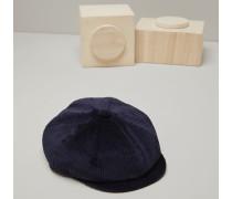Mütze aus Baumwollcordsamt in Rippenteilung 500/m