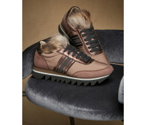 Sneakers in Veloursleder und Taft