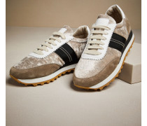 Sneakers aus hellem Samt und Veloursleder
