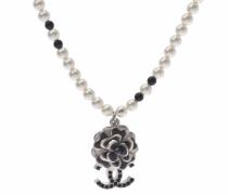 Second Hand Kette aus Perlen in Weiß
