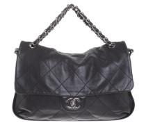 Second Hand  Flap Bag in Schwarz
