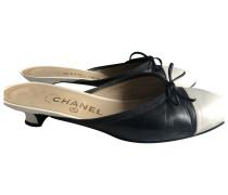 Second Hand VINTAGE Chanel Leder Pantoffeln