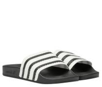 Sandalen aus Gummi in Schwarz/Weiß