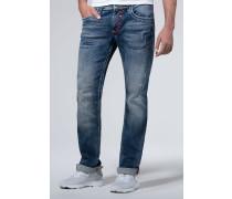 Jeans mit Destroys und Kontrastnähten