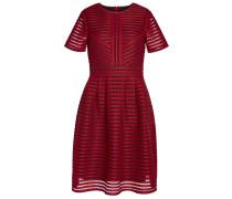 Kleid aus Lochmuster feuerrot / schwarz