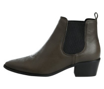 Stiefel braun / schwarz