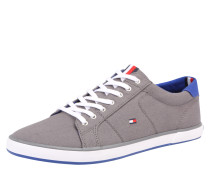 Sneaker aus Textil grau