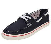Sneaker im Bootsschuh-Design