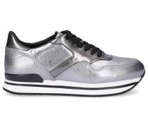 Sneaker low Glattleder Lochmuster Logo