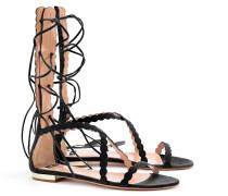 Flache, geschnürte Sandalen