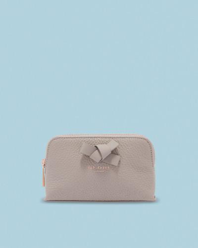 Make-Up-Tasche aus Leder mit Schleife