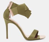 Satin-Sandalen mit Zierschleife