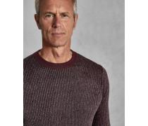 Gestreifter Pullover mit Ziernähten