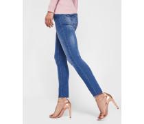 Mittelblaue Skinny-Jeans mit Gefranstem Saum