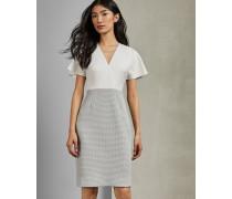 Kleid in Midilänge
