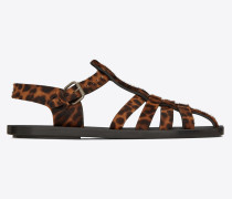 MALIK Sandale aus Leder mit Ponyfelloptik und Leopardentupfen