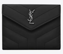 kompaktes loulou portemonnaie aus schwarzem glanzleder mit y-steppnähten