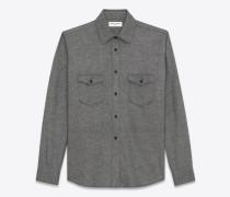 oversize-hemd aus grauem flanell