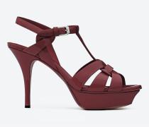 tribute 75 sandale aus burgunderrotem lackleder