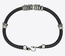 Mehrreihiges Armband aus geknittertem Leder