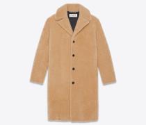 Mantel aus honiggelbem Lammfell