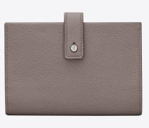 weiches, kompaktes sac de jour portemonnaie aus nebelgrauem narbenleder