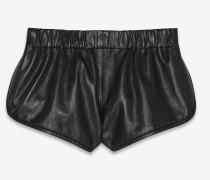 Shorts aus schwarzem Leder