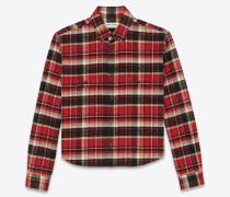 Kurz geschnittenes oversized Flannelhemd in schwarz-rot-kariert.