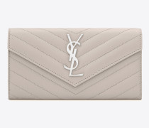 großes saint laurent portemonnaie mit überschlag aus eisweißem matelassé-leder mit struktur