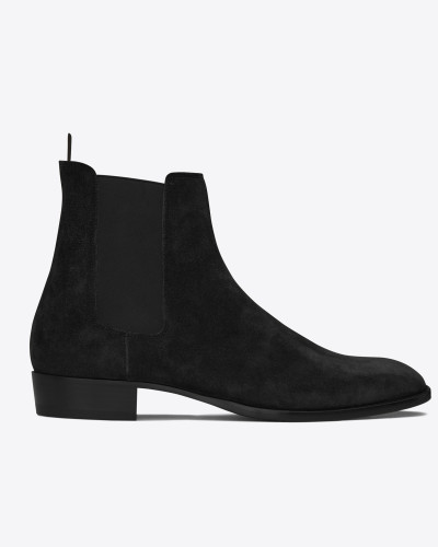wyatt 30 chelsea boot in black suede