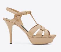 tribute 75 sandale aus puderfarbenem lackleder