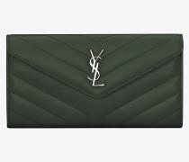 Großes Loulou Portemonnaie aus dunkelgrünem Glanzleder mit Y-Steppnähten