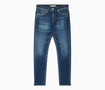 CKJ 058 Slim Tapered Jeans