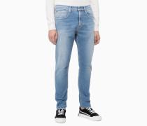 CKJ 055 Modern Tapered Jeans