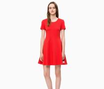 Ausgestelltes Milano-Jersey-Kleid