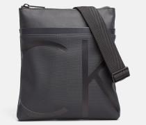Flache Crossover-Bag aus beschichtetem Canvas