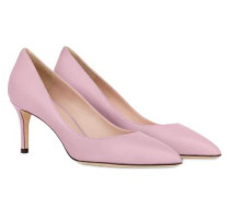 Blogger Pumps Camelia E