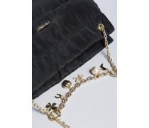Hobo-Bag aus Nylon mit Ketten und Charms