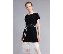 Kleid aus Seide mit Rüschen