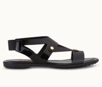 Sandalen aus Lackleder und Leder