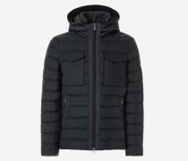 Schmale Jacke aus leichtem Nylon|Jacke aus leichtem Nylon, Slim