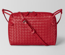 MESSENGER-TASCHE AUS INTRECCIATO NAPPA IN CHINA RED