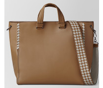BV TOTE BAG AUS INTRECCIATO CHECKER KALBSLEDER IN CAMEL CEMENT
