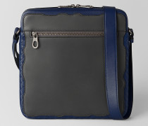 COASTLINE MESSENGER-TASCHE AUS KALBSLEDER IN ARDOISE/NAPPA IN ATLANTIC