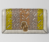 KNOT CLUTCH AUS INTRECCIATO CLUB STITCH IN CHAMOMILE