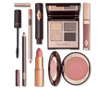 The Uptown Girl - Iconic 7 Piece Makeup Set