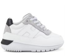 Interactive³, 2 Sneaker