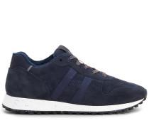 H383, Sneaker