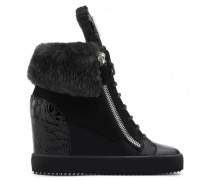 Black suede wedge with faux-fur PIPER