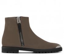 Beige suede boot with zip COLE